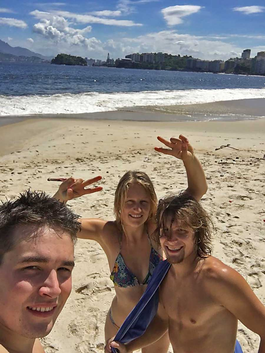 001 Erster Tag am Strand in Niteroi